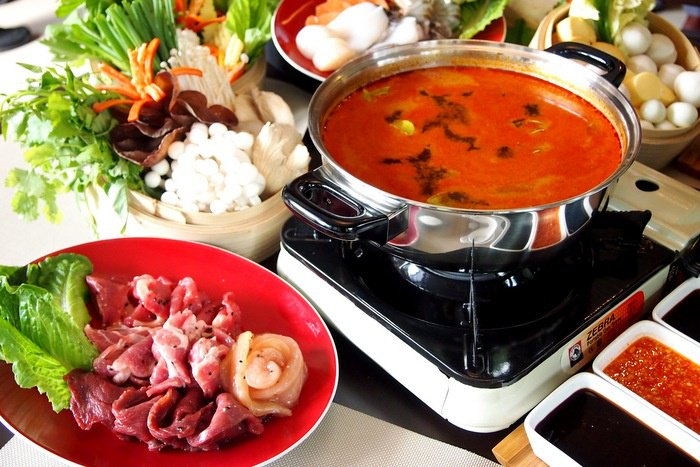 Hotpot: Sharing is caring | The Thaiger