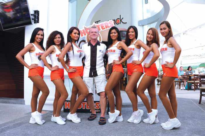 Chasing Hooters: One man's obsession with the global restaurant chain (video) | The Thaiger