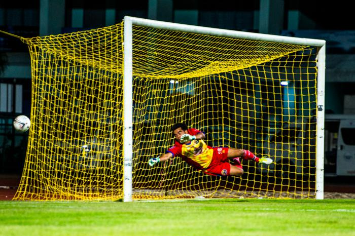 Phuket Sports: Phuket FC and TTM Customs draw at Surakul Stadium   Thaiger