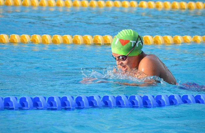 Phuket's future Olympian smashes swimming national record | Thaiger