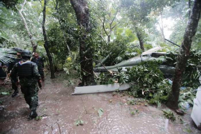 Army flood-relief helicopter crashes in Yala | The Thaiger