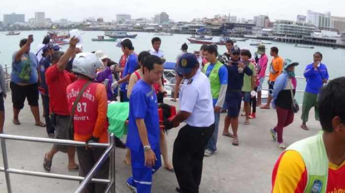 Tourists injured in Pattaya banana boat crash | The Thaiger