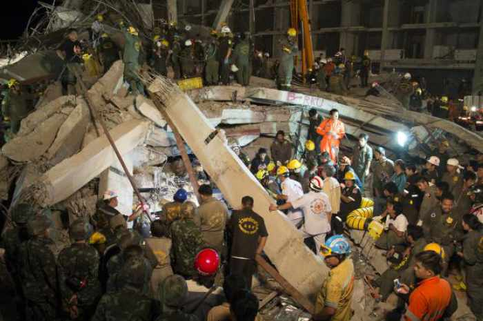 Tragic end to building collapse in Pathum Thani | Thaiger