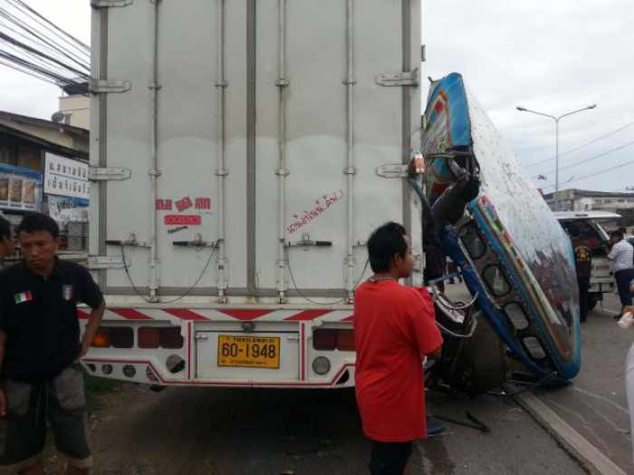 Boy, 9, killed and 14 hurt as packed songthaew crashes   The Thaiger
