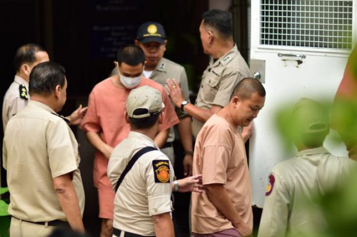 Ex-princess' family members get five-year jail terms | Thaiger
