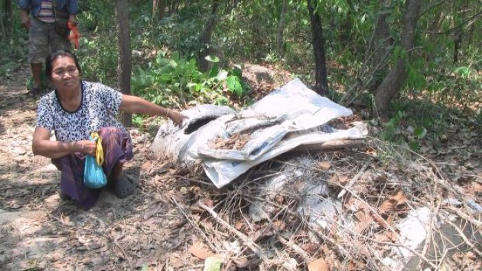 Monk held for 'stealing' corpse parts | The Thaiger