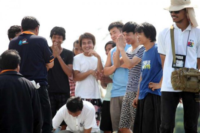 Foreign crewmen rescued in Bangkok | The Thaiger