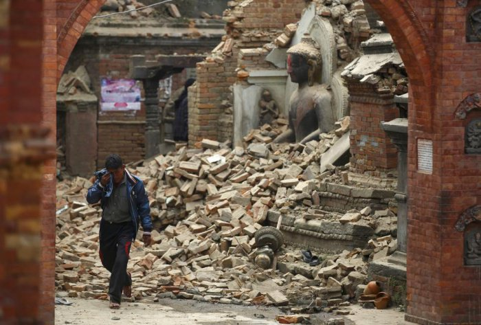 World rallies to help Nepal | The Thaiger