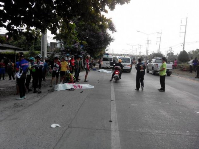 Three killed as car plows into cyclists | The Thaiger