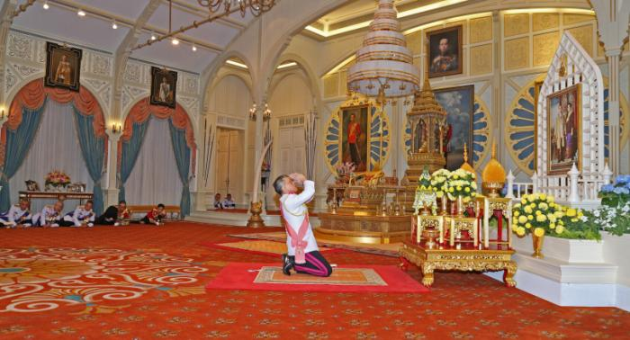 King Rama X proclaimed   The Thaiger