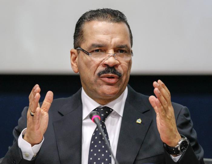 Phuket Gazette World News: Malaysia Air Chief denies missing flight tracked to Malacca Strait, investigates cockpit visit by Phuket tourists | Thaiger