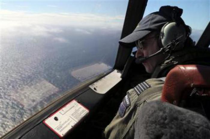 Phuket Gazette World News: Malaysia changes last words from missing plane, hunt goes on | Thaiger