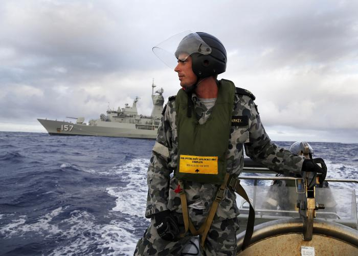 Search for MH370: Seabed scans draw blanks, cyclone nears | The Thaiger