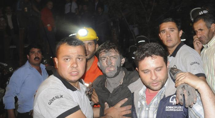 Turkish coal mine explosion kills over 150, hundreds trapped | Thaiger