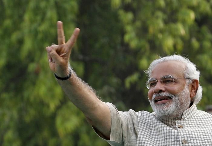 Victorious Modi fights tears in first address to India parliament | Thaiger