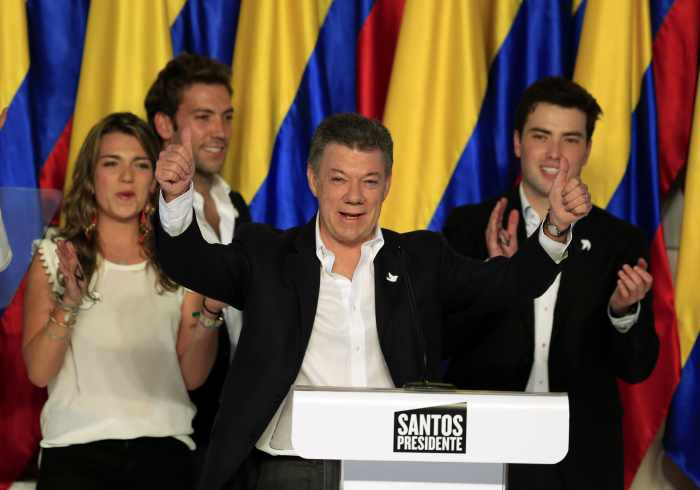 Colombia's Santos wins re-election, to push on with peace talks | Thaiger