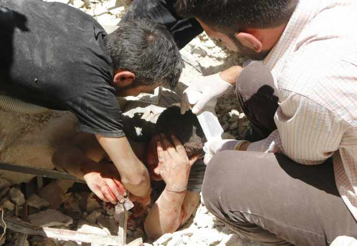 Syria air strike kills 20 in refugee camp | Thaiger