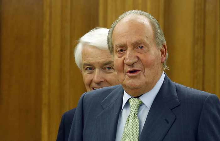 Spain's King Juan Carlos abdicates to revive monarchy | Thaiger