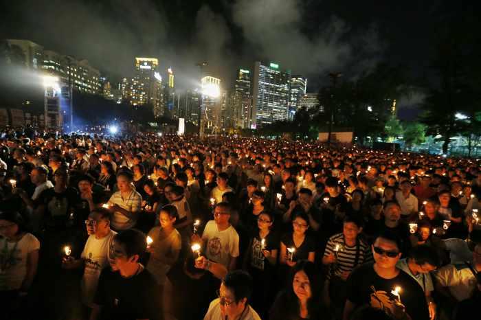 Hong Kong recalls Tiananmen killings, China muffles dissent | Thaiger
