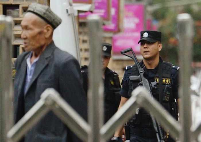 Chinese police shoot dead dozens after attack in Xinjiang | The Thaiger