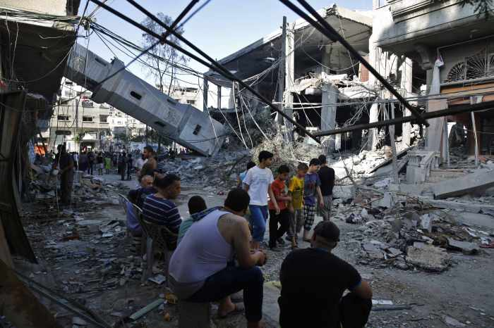 Carnage at U.N. school as Israel pounds Gaza Strip | The Thaiger