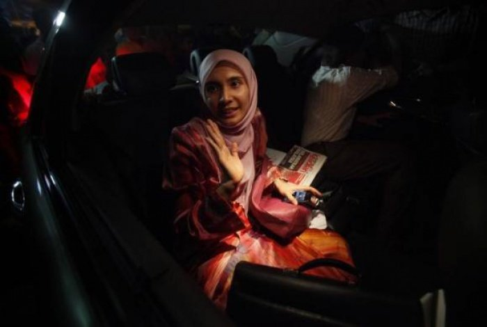 Malaysia arrests Anwar's daughter for sedition | Thaiger
