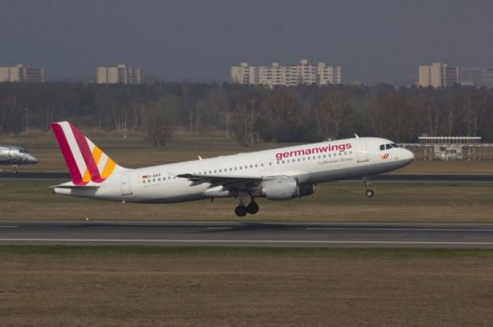 Germanwings Airbus crashes in France, 148 feared dead | The Thaiger