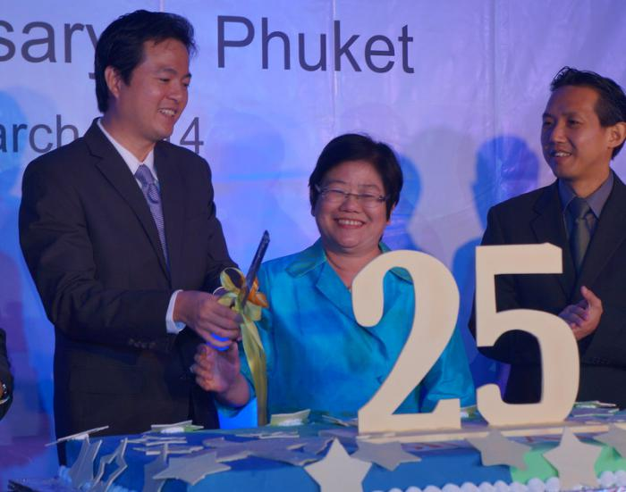 SilkAir celebrates 25 years in Phuket's skies | The Thaiger