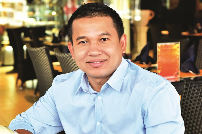Phuket's shining light in the shade business | The Thaiger