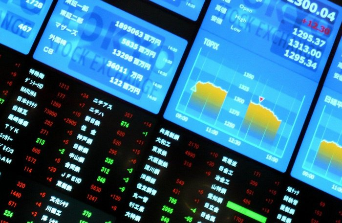 Finance: Time to reinvest in bank stocks, ETFs | The Thaiger