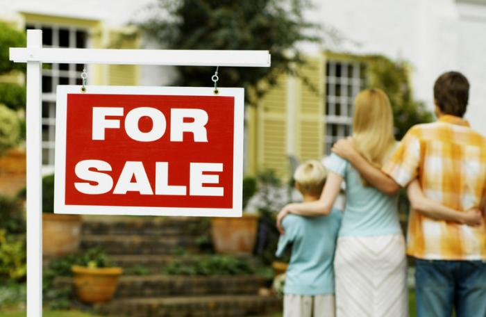 By the Book: Erecting a 'For Sale' sign when putting your property on the market | The Thaiger