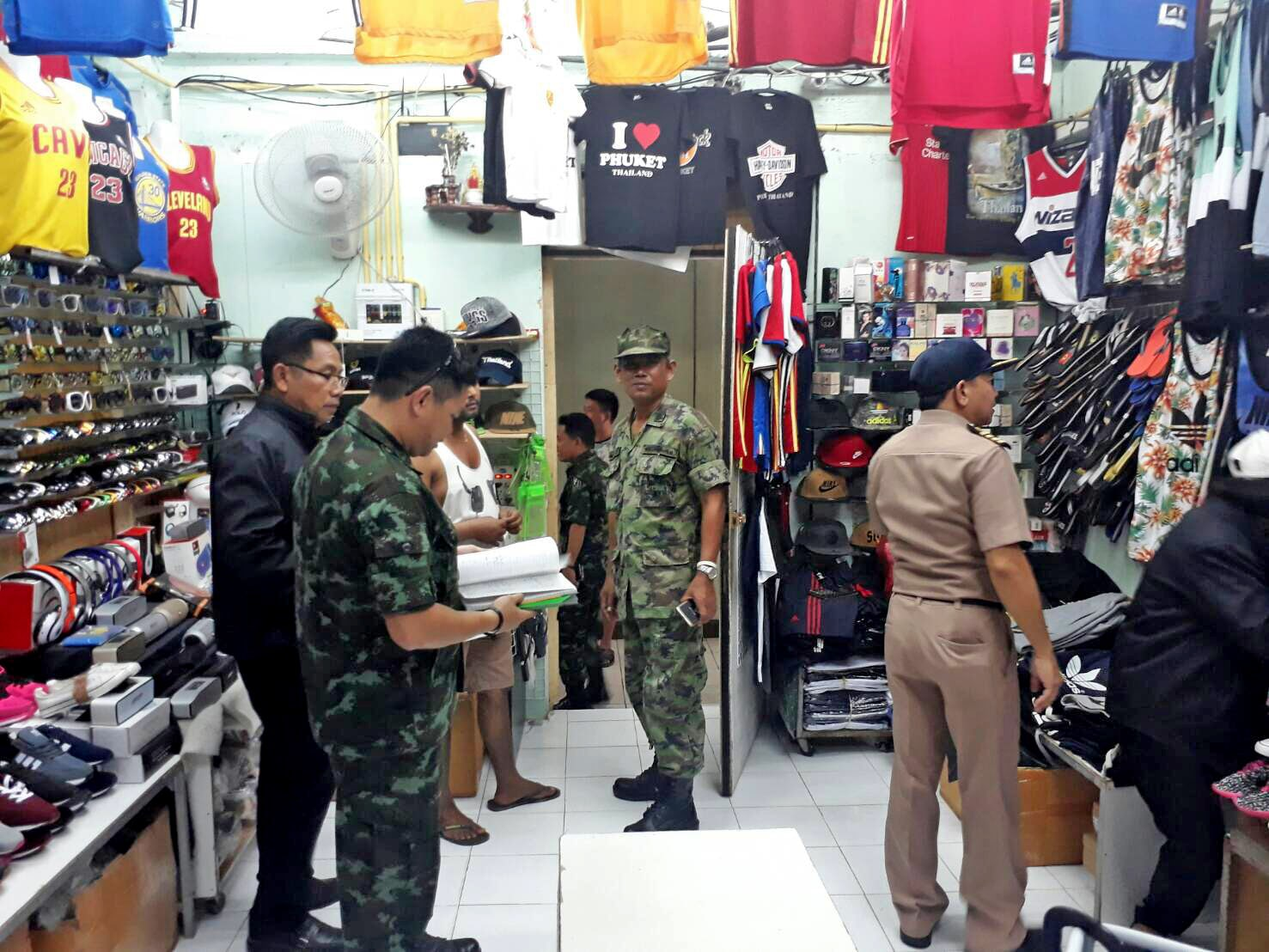 3,000 items snared in Patong counterfeit crackdown | The Thaiger