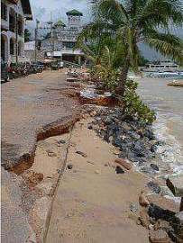 Phuket counts cost of storm damage | The Thaiger