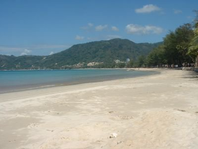 Beach chair operators oppose recovery plan | The Thaiger