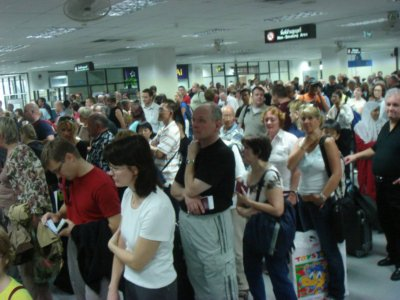 Tourists suffer Immigration delays at airport | Thaiger