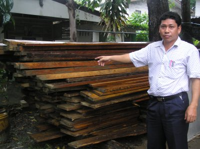 Officials seize illegally felled hardwood | The Thaiger