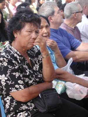 Hundreds turn out for tsunami memorial service | The Thaiger