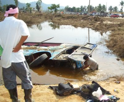 Devastated Khao Lak resembles war zone | The Thaiger