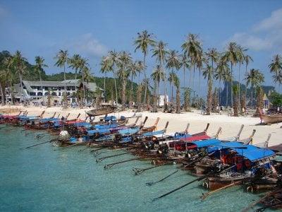 Big Phi Phi meeting makes small progress | Thaiger