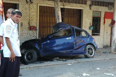 Man killed in Sapam car smash | The Thaiger