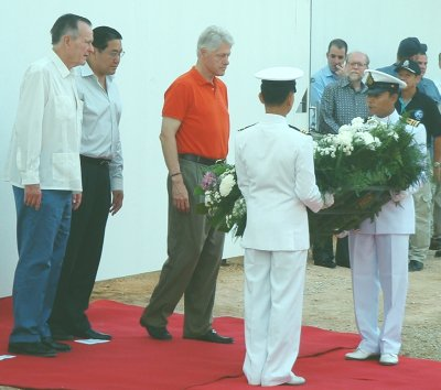 Ex-presidents stress local approach to recovery | Thaiger