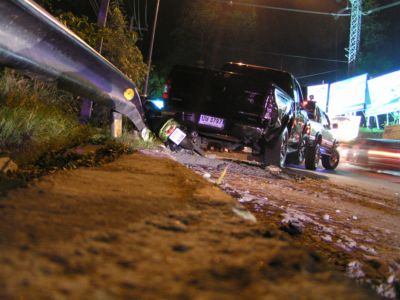 Runaway truck causes Patong Hill pileup | The Thaiger