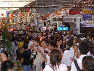 Old Phuket Festival draws huge crowds | The Thaiger