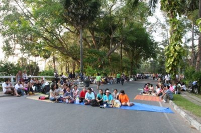Laguna protesters dig in for the long haul | The Thaiger