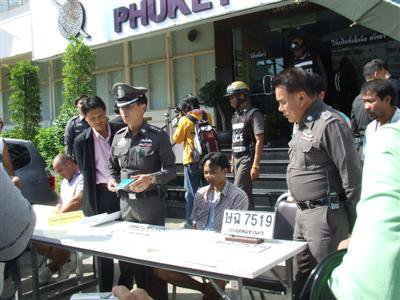 Police nab two for licence plate fraud | The Thaiger