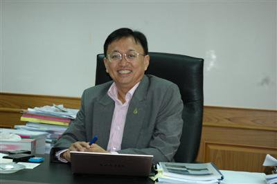 "Paiboon ""not worried' about EC ruling 