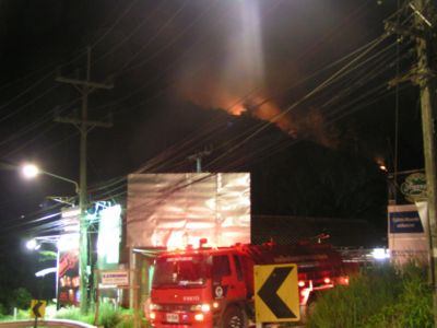 Forest fire on Karon hills | The Thaiger