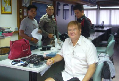 Khun Woody salutes Patong's finest | The Thaiger