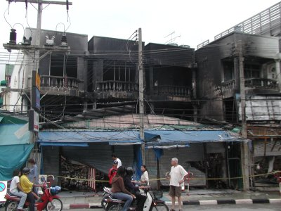Four shops damaged in Patong blaze | The Thaiger
