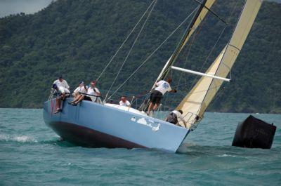 Yo!2 blitzes Phuket Raceweek regatta | The Thaiger